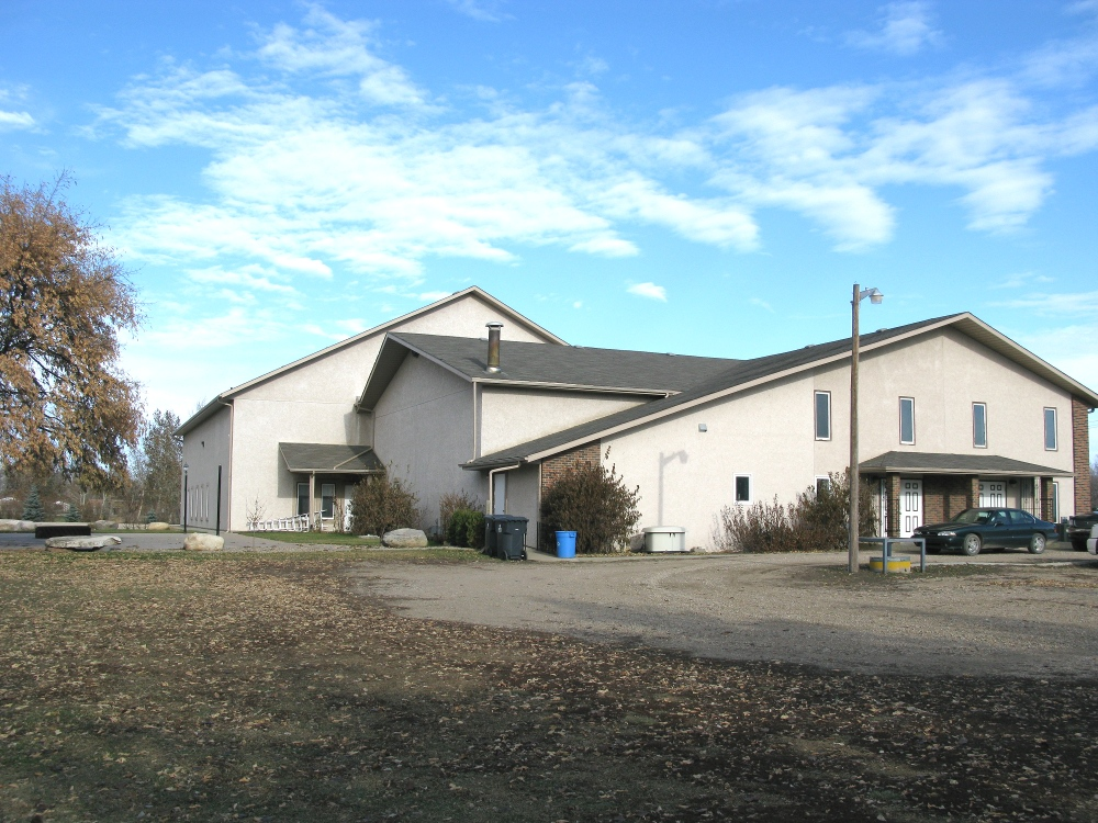 southwest corner view of Neuanlage Grace Mennonite Church