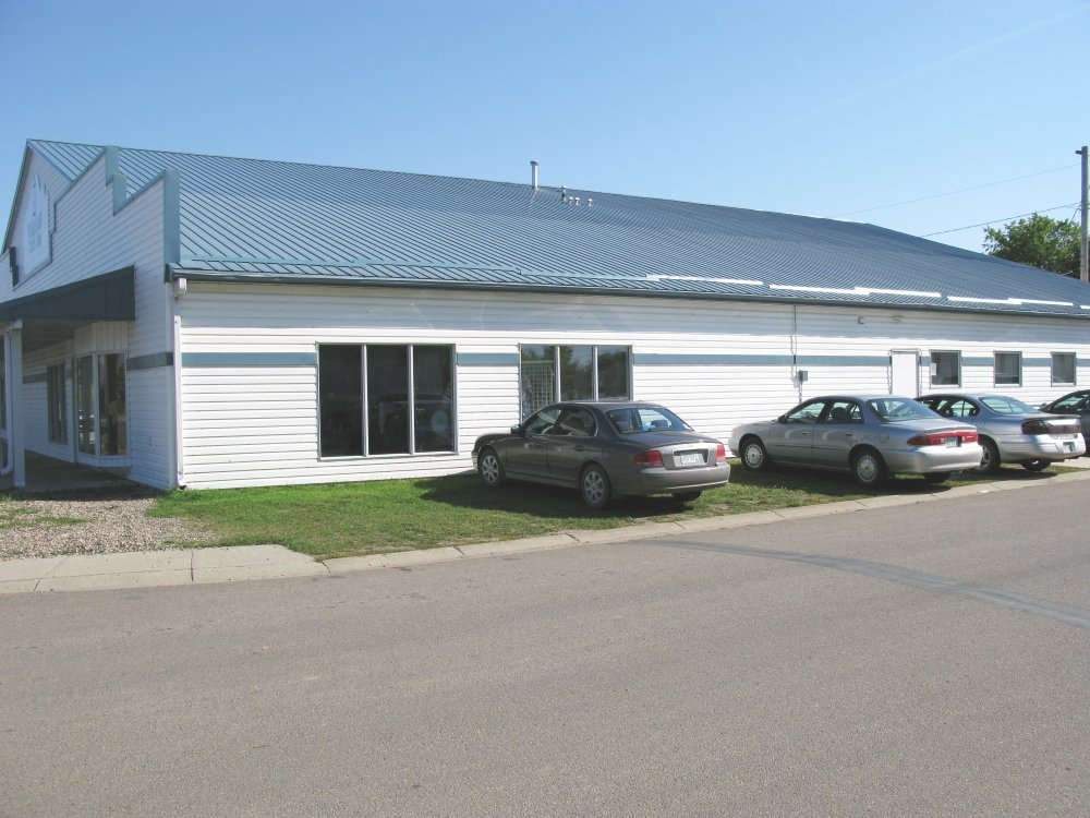 west side of Warman's MCC Thrift Shop
